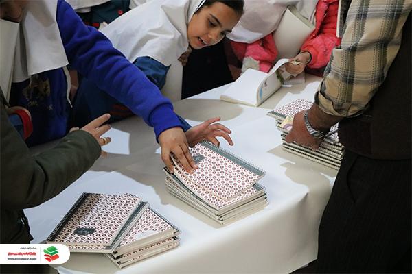 بازدید دانش آموزان یزدی از شرکت تعاونی تولیدی پیشگامان صنعت سبز