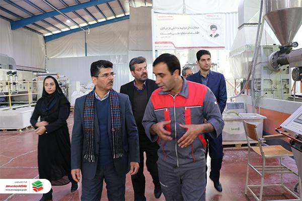 بازدید اعضای کارگروه ستاد اقتصاد مقاومتی استان یزد از شرکت پیشگامان صنعت سبز